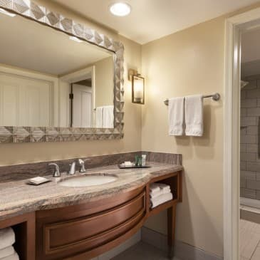 Enjoy VIP treatment in our Whirlpool Suite.